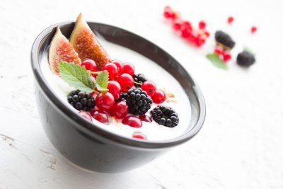yoghurt met vruchten